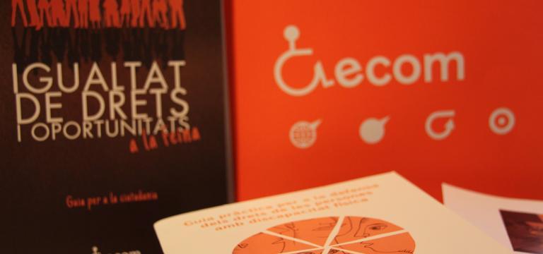 Imagen de diversas portadas de guías editadas por ECOM
